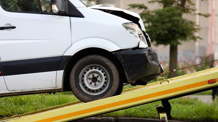 Nutzfahrzeug mit Schaden verkaufen München - Abholung kostenlos