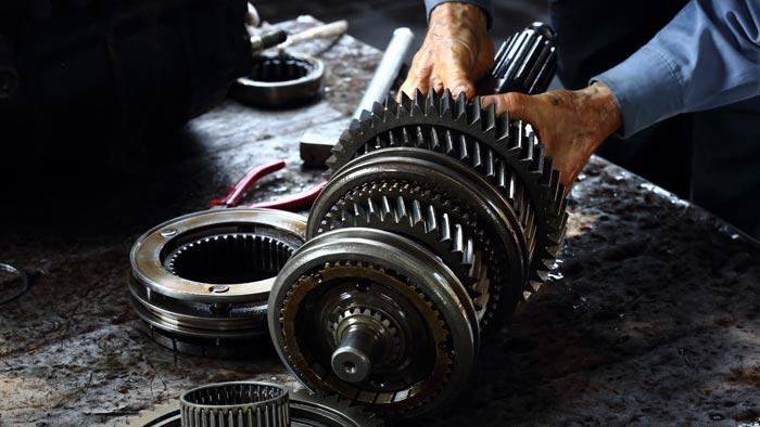Auto Getriebeschaden Reparatur